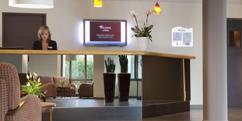 Hotel 3 etoiles Nantes Escale Oceania - Accueil réception.jpg