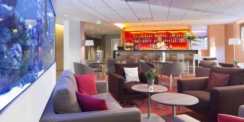 Bar - Hotel Oceania Clermont ferrand 4 etoiles.jpg