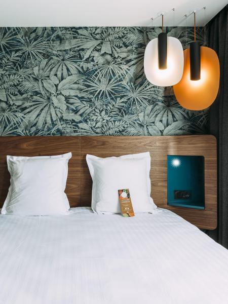 Hotel Spa Oceania Paris Pte de Versailles 4 etoiles - Chambre Deluxe 2.jpg