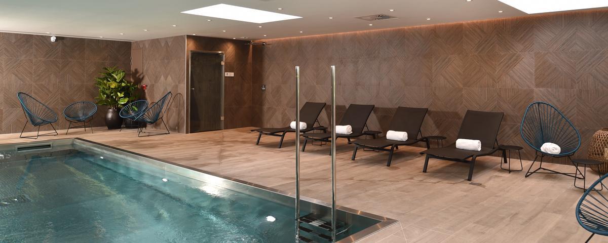 Oceania Hotels - Swimming Pool Spa